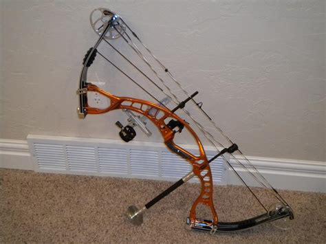Busur Compound Hoyt panahan yang mau tanya2 soal archery panahan masuk sene