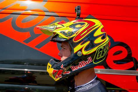 tld motocross helmets troy lee designs se4 helmet introduction
