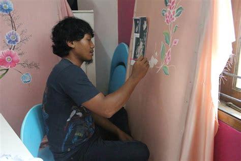 Promo Sandal High Heels Wanita Hak Tahu Xdh158 andina nabila irvani sepatu lukis batik tulis gambar painted shoes metrotv metro tv jakarta
