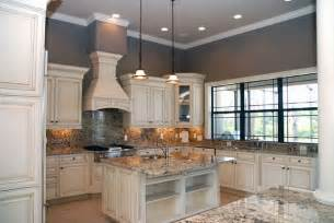 white kitchen cabinets what color walls pin by shelly on for the home