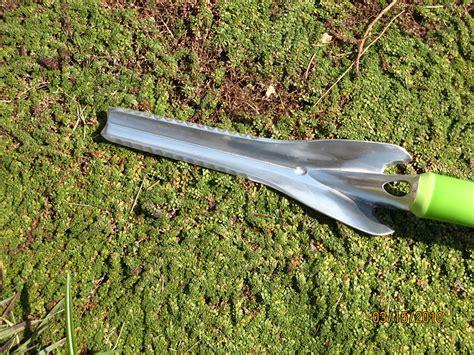 Garden Weeder by New Weeding Tool From Radius Nancy S Garden
