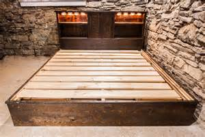 Reclaimed Wood Platform Bed With Drawers Rustic Reclaimed Platform Bed With Drawers And Lighting