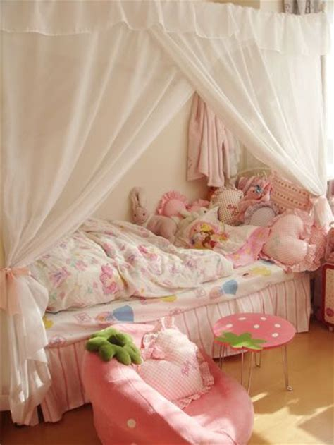 kawaii bedroom ideas 33 best images about kawaii rooms on pinterest my melody