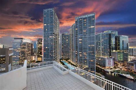 Of Miami Real Estate Mba by Brickell Avenue Miami Real Estate