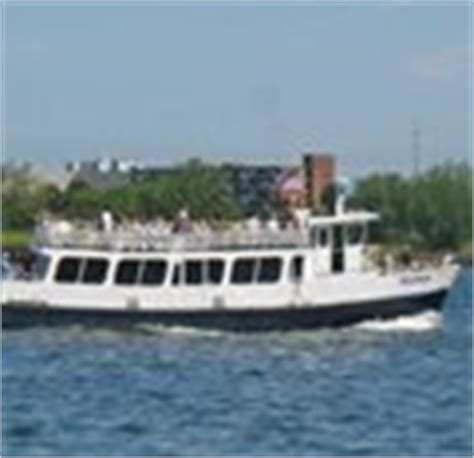 charles river boat cruise boston harbor cruises sightseeing dinner history