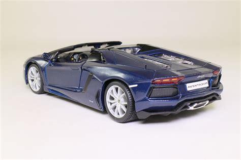 maisto 1 24 lamborghini aventador lp700 4 roadster met blue excellent boxed ebay