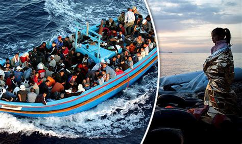 refugee crisis europe boat un seven out of 10 migrants crossing to europe are not