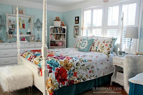 ls for teenage bedrooms 21 rosemary lane the perfect space grace s teen bedroom