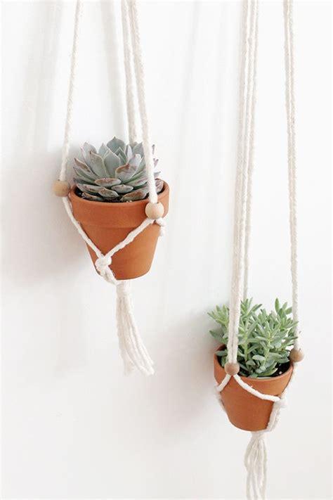 Macrame Plant Hangers Diy - diy macrame plant hangers c r a f t i d e a s