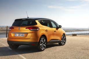 Renault Cenic 2016 Renault Scenic Tce 130 Signature Nav Review Review