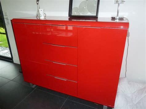 Beau Relooker Un Meuble En Bois #6: meuble-contemporain-laqu-rouge-neuf-20140822192701.jpg