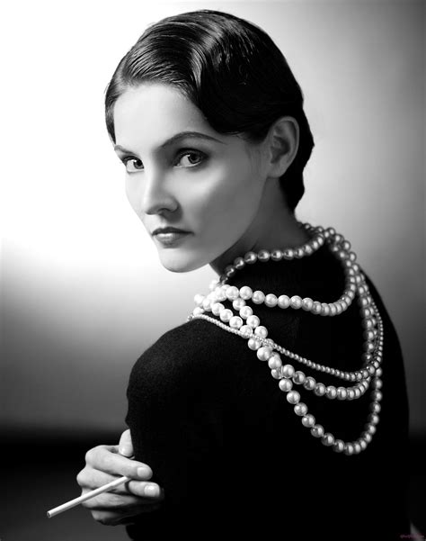 biography of coco chanel fashion designer little black dress