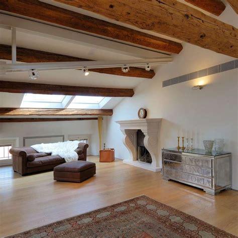 soffitto a travi soffitti in legno con travi a vista missionmeltdown