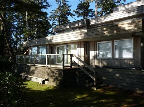 Chesterman Cabin Rentals by Tofino Oasis On World Chesterman Vrbo
