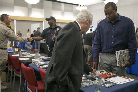 Unlv Veterans Office by At Unlv Fair Veterans Look For Second Chance Las