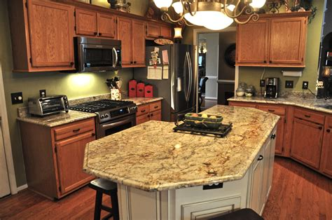 Cream White Kitchen Cabinets by Kitchen Granite Countertops Cityrock Countertops Inc