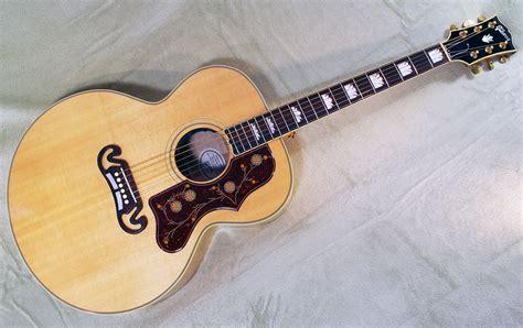 Gibson J-200 2009 - www.12fret.com J 200