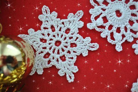 crochet snowflake pattern beginner 5 free crochet snowflake patterns maggie s crochet all
