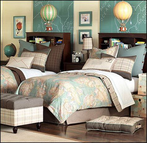themed bedroom decor best 25 travel themed bedrooms ideas on