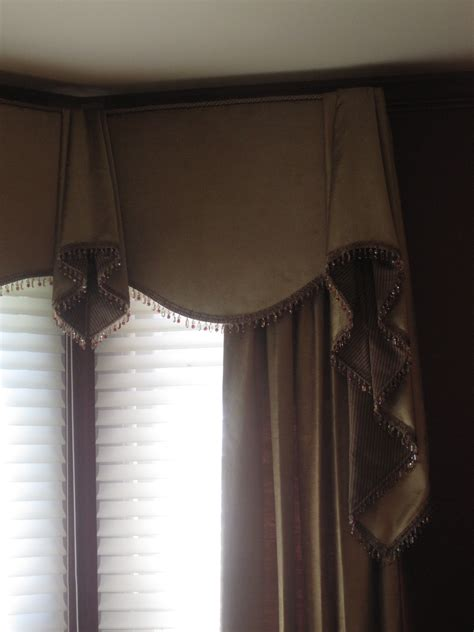 Bay Window Cornice Boards by Cornice Board With Side Panels On A Bay Window This Is