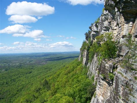 A Place New Paltz File Gunks Trapps 1 Jpg Wikimedia Commons