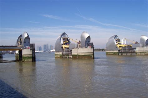 thames barrier how often is it used river thames barrier thames estuary fatmansqueeze