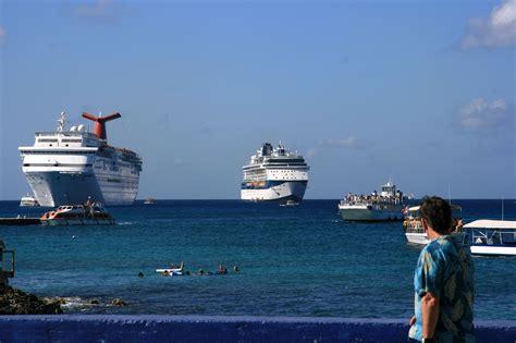 grand cayman port file port de grand cayman jpg