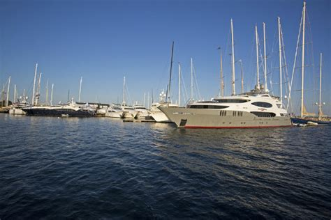 newport charter boat show what to expect from the prestigious newport charter yacht