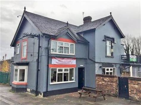 Cottages Stoke On Trent by Oak Tree Stoke On Trent Whatpub