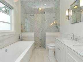 Small Bathroom Layout Ideas With Shower 20 Small Master Bathroom Designs Decorating Ideas