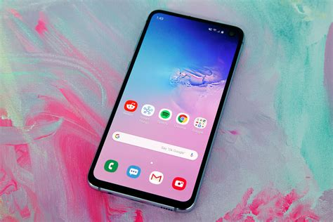 galaxy  launches  stores tomorrow