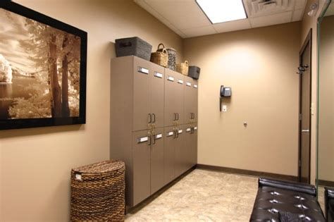 chagne room chicago facility implantwide llc