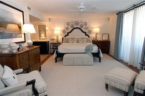 beach master bedroom expert tips for sophisticated beach house d 233 cor