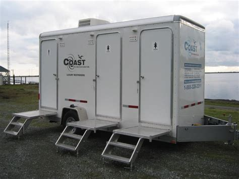 portable bathrooms for rent nice and luxurious portable bathrooms with pictures home