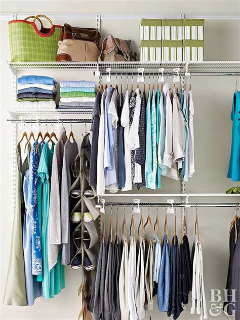 walk  closet organization