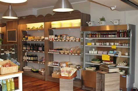 scaffale negozio arredamento negozio alimentari arredo gastronomia senza