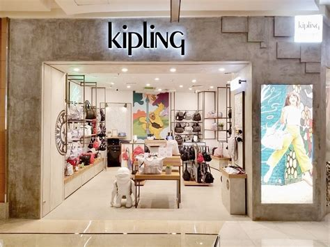 kipling indonesia launches  concept store  jakarta