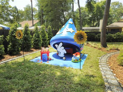 Yard Sweepstakes - hgtv s my yard goes disney photos and sweepstakes zannaland