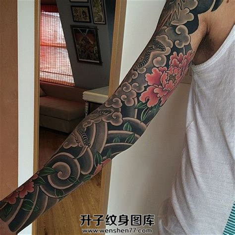oriental tattoo fillers 男性日式传统彩色牡丹花臂纹身 升子纹身520