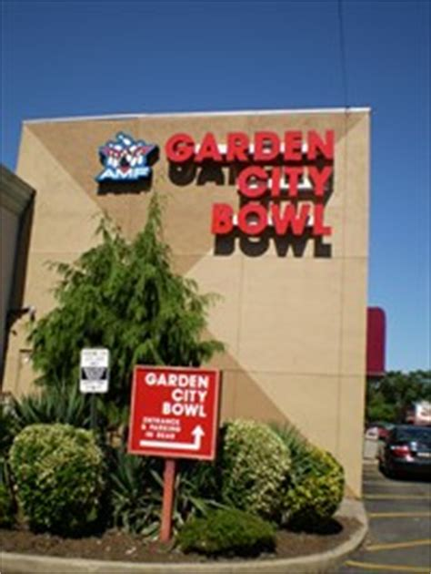 Garden City Bowling by Amf Garden City Bowl Garden City Ny Bowling Centres On Waymarking