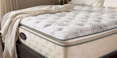Do I Need A Mattress Cover by Do You Really Need A Mattress Protector The Bed Company