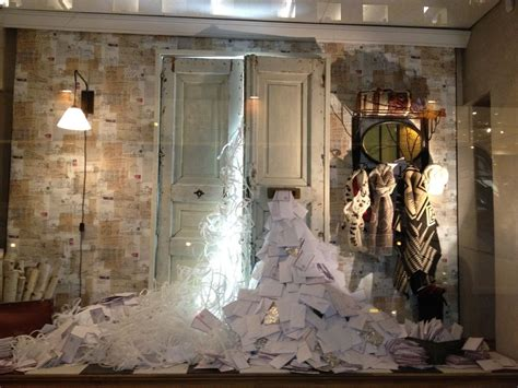 elle design studio nyc holiday windows