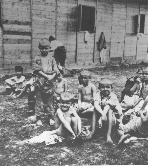 gas gegen wühlmäuse 428 file children in sisak concentration c jpg wikimedia
