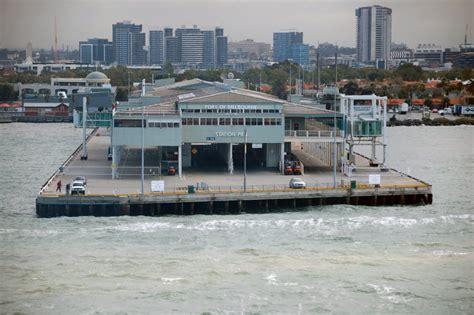 pier port melbourne panoramio photo of station pier port melbourne