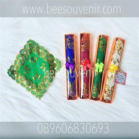 Souvenir Pernikahan Tatakan Gelas Bulat Kotak souvenir tatakan gelas