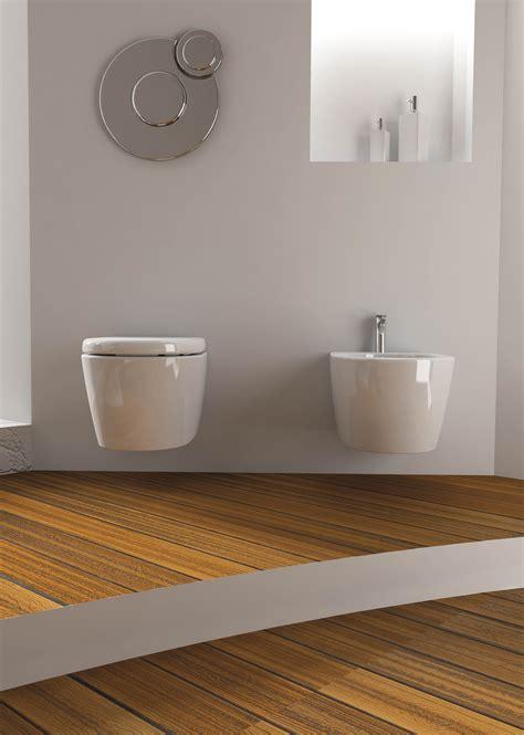 offerte sanitari bagno completo bagno completo sanitari sospesi con lavabo da appoggio aida