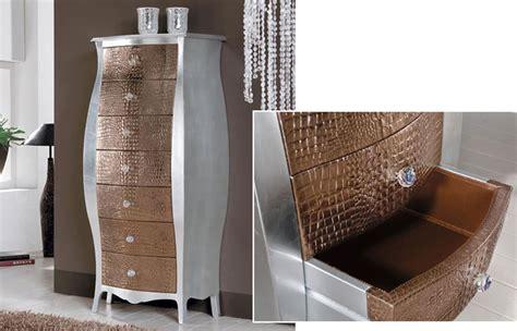 mobili in pelle cassettiera foglia argento con cassetti in pelle