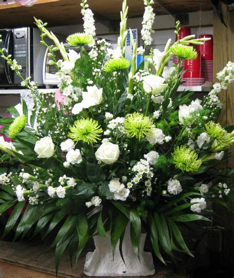 Funeral Baskets by 17 Best Images About Funeral Baskets On Floral