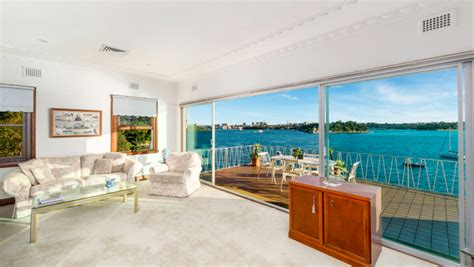 Records Houses Sold Sydney Auction Market Records Lowest Clearance Rate Since 2015