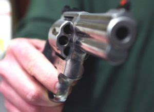 porto d arma per difesa personale porto d armi uso sportivo guida completa per ottenerlo e